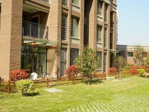 你觉得一楼的房子可以租吗?相比高层它都有哪些优势和劣势呢?深圳房屋管家尚享优居为你解答!