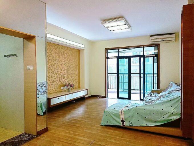 宝安区西乡绿海名居4栋303精装3房2厅2卫107㎡家电全齐拎包入住