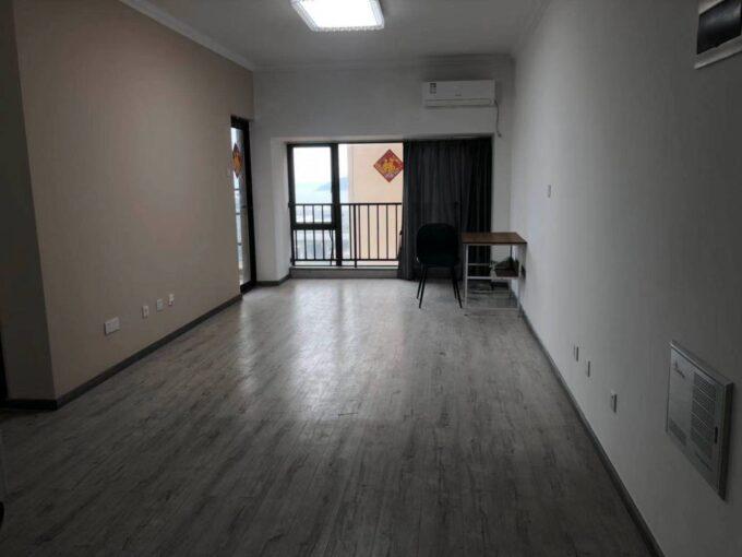 宝安区西乡幸福港湾D栋1701精装88平3房1卫少客厅家具