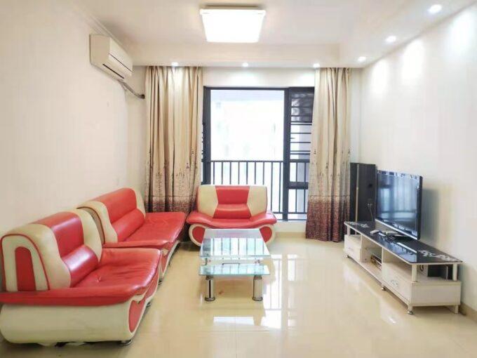 龙华区特发和平里H栋2702精装89平三房两厅两卫全齐